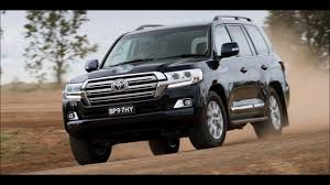 toyota land rover 2017 toyota land cruiser vs land rover supercharged 2017 youtube