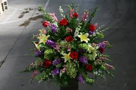 elegant snap roses u0026 lily sympathy mix in pasadena ca jacob