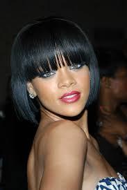 Frisuren Mit Pony Und Bob by Die Frisuren Rihanna Ladylike Mit Grafischem Bob