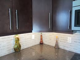 Stunning Carrara Backsplash Contemporary Home Decorating Ideas - Carrara backsplash