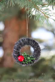 mini yarn wreath tree ornaments cdnhandmadeholiday a