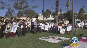 Seeking Los Angeles Protesters Seeking To Legalize Vending In Los Angeles