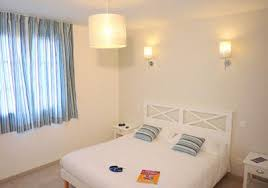 chambre d hotel 4 personnes résidence golf de la cabre d or cabriès chambre d hôtel 4