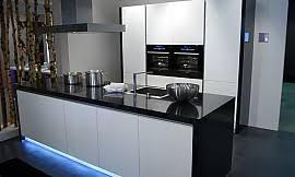 bank für küche offene küche und tv bank in altweiß und schwarz