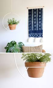 minimalist plant holders for a contemporary house decor