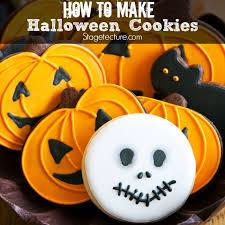 Halloween Pumpkin Sugar Cookies - creative halloween treats sugar cookies with royal icing recipe