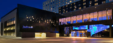 hotels near light rail minneapolis hotels near mall of america radisson blu mall of america