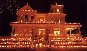 how to decorate home for halloween use pumpkins to decorate your house for halloween
