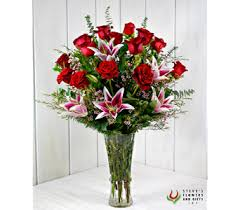 flower delivery indianapolis roses and bouquets delivery indianapolis in steve s flowers