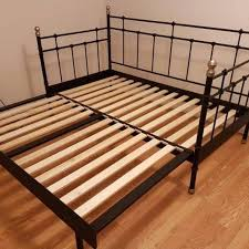 Pull Out Daybed Find More Ikea Svelvik Daybed Pull Out Bed Includes Mattresses
