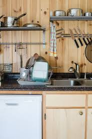 what s the best thing to clean kitchen cabinets with 10 tips for keeping your kitchen clean