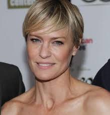 robin wright s neck shouldn t be a search it s beautiful