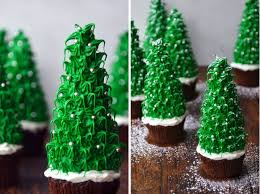 16 3d christmas tree desserts to make brit co