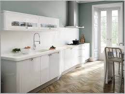 Gloss White Laminate Flooring Laminated Flooring Brilliant Laminate White Kitchen Ideas And