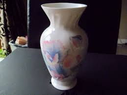 Aynsley China Vase Aynsley Little Sweetheart Local Classifieds Buy And Sell In The