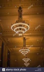 Chandelier New York Chandeliers In Vanderbilt Hall In Grand Central Terminal In New