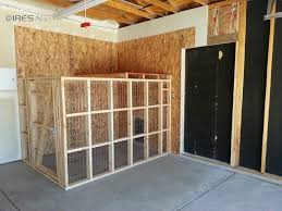 Garage Dog Kennel | doggy run inside garage with dog door to go inside or outside great