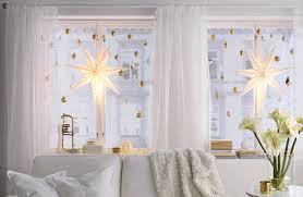three easy ways to decoration your windows this season