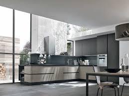 cuisine taupe et bois cuisine taupe et bois 2017 avec kitchens cuisine taupe et gris sur