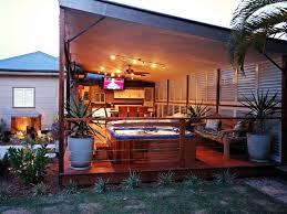 Enclosed Backyard Outdoor Living Enclosed Patio Porch Or Deck Tropical Deck
