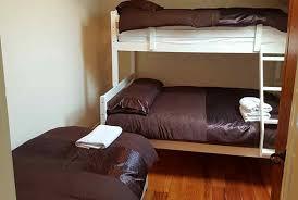 Harbour Cottages Carlingford Adventure Centre - Harbour bunk bed