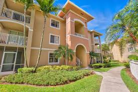 just listed west palm beach villas at emerald dunes 2 br 2 ba