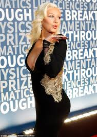 christina aguilera gives update on her new album daily mail online