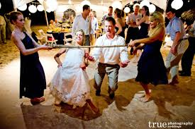 10 backyard games to liven up the wedding reception lakes region
