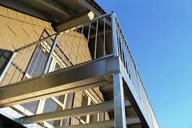stahlbau balkone balkon und balkongeländer aus verzinktem stahl 3 balkon