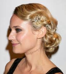 Simple But Elegant Hairstyles For Long Hair by 15 Simple Updos For Long Hair Olixe Style Magazine For Women