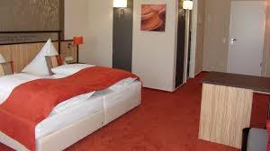 chambre 13 hotel m 13 hotel à riol hôtel 3 hrs étoiles