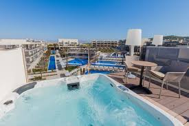 rooms hotel zafiro palace alcudia photos and features