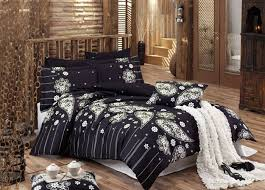 high contrast bedroom decorating with modern bedding sets in black