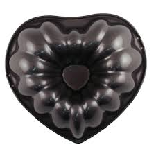 heart fluted tube cake pan 2105 3111 country kitchen sweetart