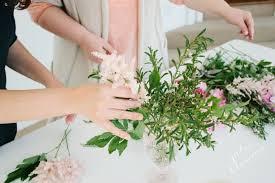 how to arrange flowers julie blanner entertaining u0026 home design