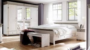 Schlafzimmer Komplett Lederbett Massivholz Schlafzimmer Rauna Komplett Mit Bett 200x200 Kiefer