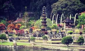 2 days in east bali find your low budget accommodation with hsh