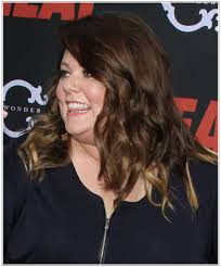 pictures of hairstyles for a full face melissa mccarthy s high volume hairstyles for a full face