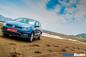 volkswagen ameo white volkswagen polo ameo highline plus trim launched motorbeam