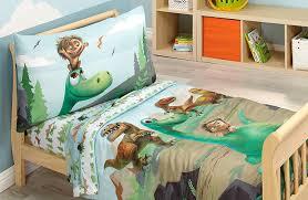 amazon com disney prehistoric footprints 4 piece toddler bed set