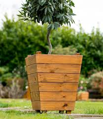 handcrafted planters u2013 tom chambers
