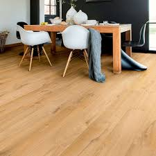 Laminate Flooring Nuneaton Magnet Trade Quality Trade Kitchens Joinery Manufacturers