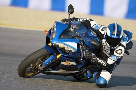 cbr latest bike yamaha mitot yamaha r1 is heavier than honda cbr 1000rr