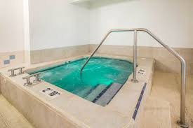 Anchorage Swimming Pools Quality Suites Historic Downtown Anchorage Ak Hotel