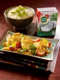cuisiner la lotte au curry recette de curry de lotte au lait de coco la recette facile
