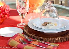 Table Setting Chargers - 8 easy ways to glam up your thanksgiving table