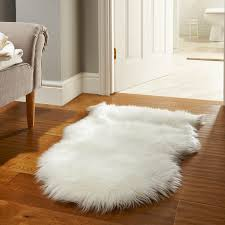 White Sheepskin Rugs Faux Fur Rugs In White Free Uk Delivery The Rug Seller