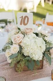 Simple Wedding Centerpieces Ideas by Best 25 Diy Wedding Centerpieces Ideas On Pinterest Wedding