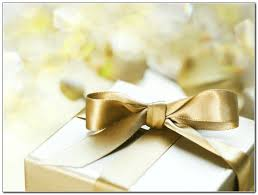 Best Wedding Present Day Of Wedding Gifts For Bride Best Wedding Dress Wedding Gift