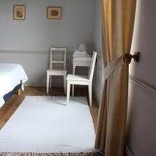 chambre d hote suliac chambre jaune les mouettes suliac chambres d hôtes les
